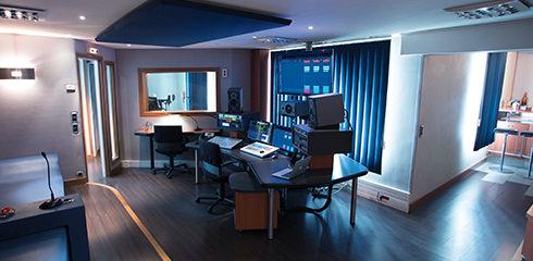 SPECIALISTE Voix Off SONACOM Studio 4